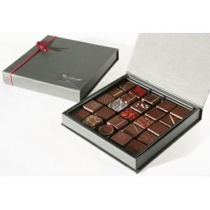 Coffret de 25 chocolats noirs